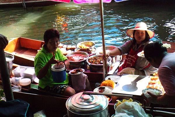 午餐交易@泰國水上市場