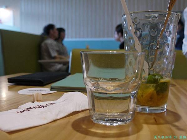 莫凡彼咖啡館20.jpg