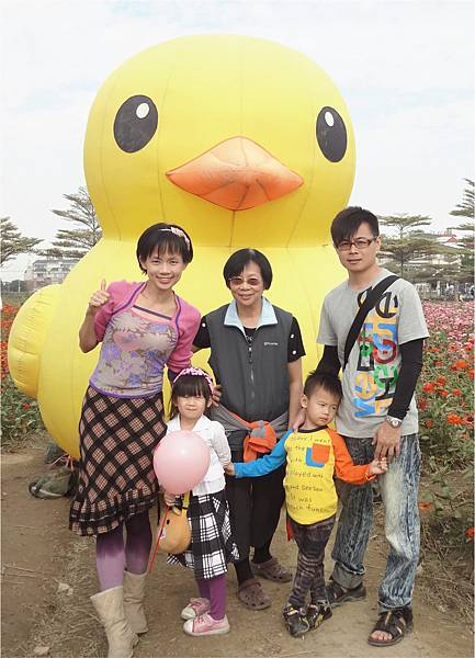 0415_大頭男_高雄橋頭花海