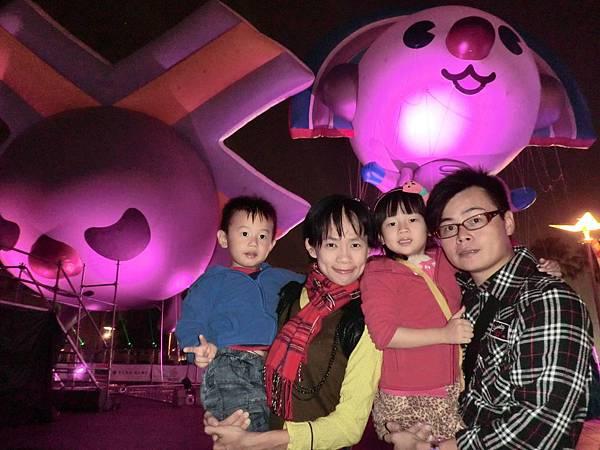 0416_大頭男_高雄夢時代大氣球遊行