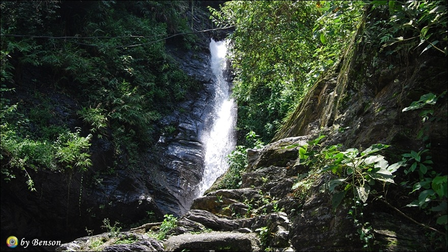 涼山瀑布015