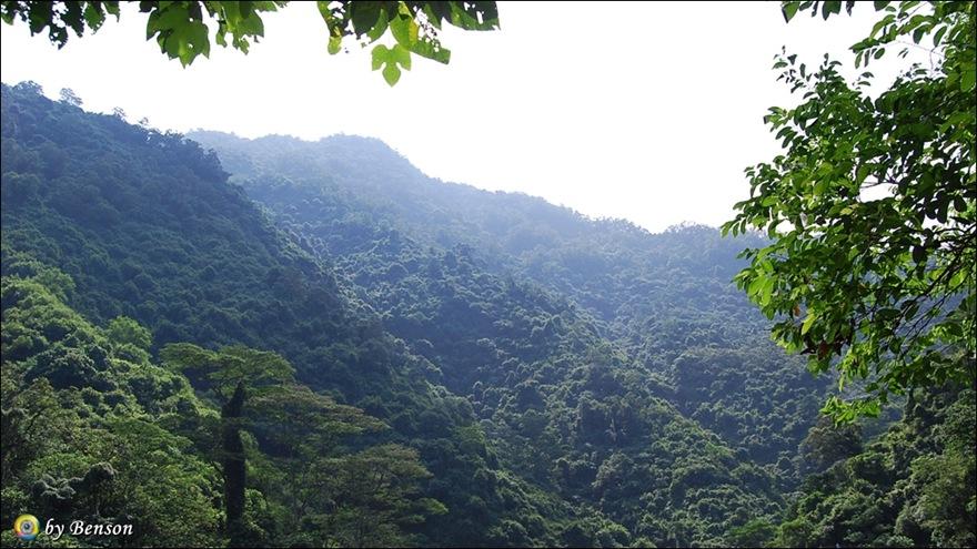涼山瀑布021