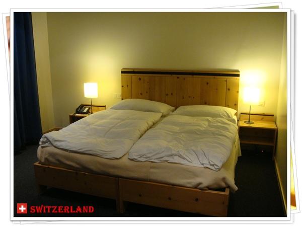 DSC01329我們第一晚住的飯店〝Hotel Laudinella〞.JPG
