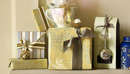 Cat_Gifts.jpg