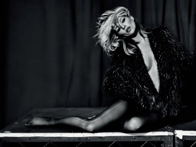 topshop_ad_campaign_Advertising_kate_moss_fall_winter_2009_2010.jpg
