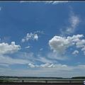 前往台中的高速公路上...天氣超讚的.jpg