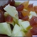 新鮮的香瓜加上果凍....jpg