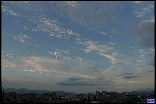 100.06.22 夕陽-101.jpg