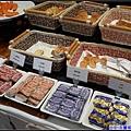 午-麵包及各式口味果醬.jpg