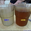 飲料~檸檬汁+冰紅茶.jpg