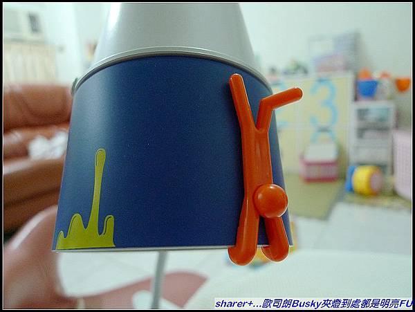 超可愛科技藍燈罩+小公仔裝飾.jpg