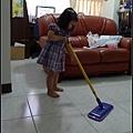 長度伸縮簡易方便,方便妞可以幫忙做家事.jpg