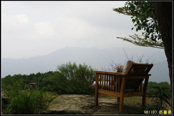 貼心的椅墊,坐在這裡更是舒適.jpg