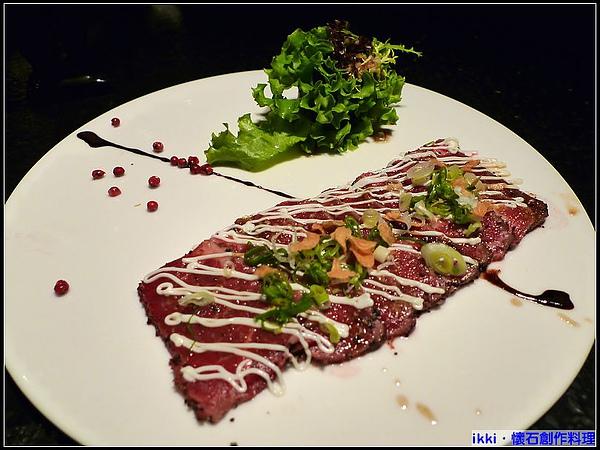 生牛肉薄片沙拉.jpg