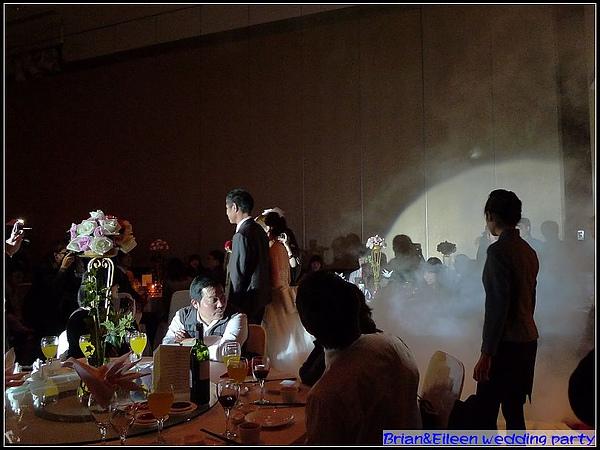 新娘進場了.jpg