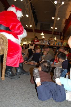 Santa Claus Solana Beach Library 012.JPG