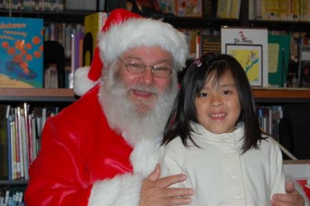 Santa Claus Solana Beach Library 021.JPG