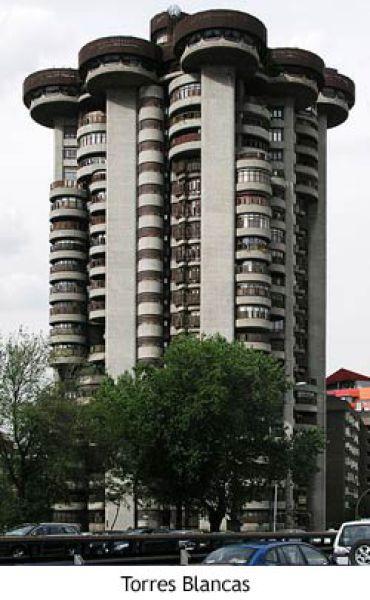 Edificio Torres Blancas.jpg