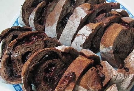 巧克力洛神花麵包