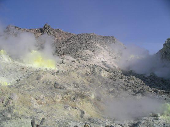 32_濃烈硫磺山
