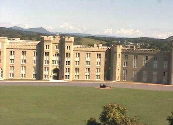 美國維吉尼亞軍校 - 第三營舍