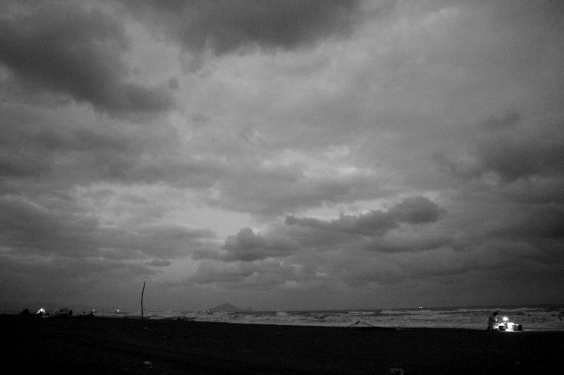 冬夜海口的微光01.jpg
