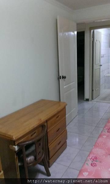 廁所對大房間