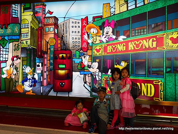 DISNEY HK D4 (25).jpg