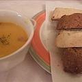 麵包配濃湯