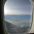 飛機上是可以拍照的!!