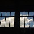 窗外的藍天