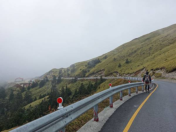 離登山口太遠結果來回走7km