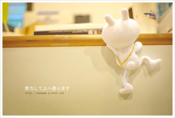 襪娃娃兔斯基往上爬篇.jpg