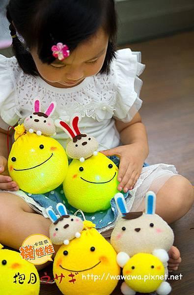 抱月兔襪娃娃免縫襪子娃娃中秋節月亮兔子nosew子寬Emily楊慧淳moon rabbit sock doll14