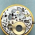 (24) ROLEX 組裝 大鋼輪 停秒桿 上油.JPG