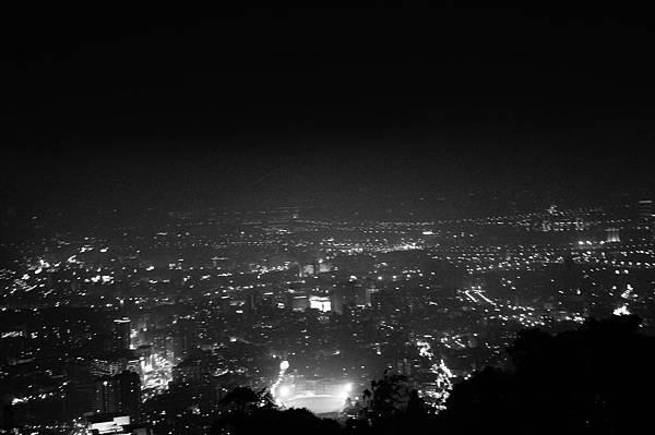 黑白風格夜景@THE TOP