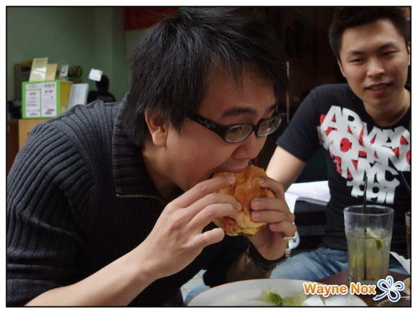 2008-12-28 Juicy Burger 耀輝.jpg