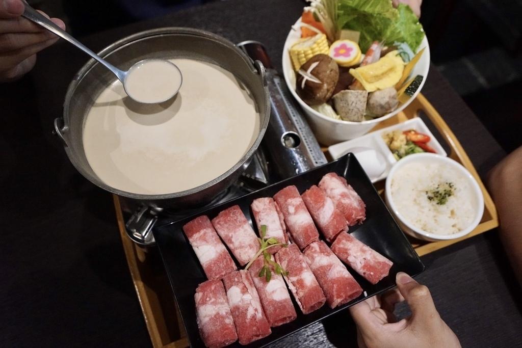 雙胞胎廚房_招牌牛奶鍋.jpg