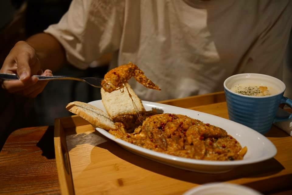 雙胞胎廚房_惡魔墨西哥肉醬辣味雞翅燉飯.jpg