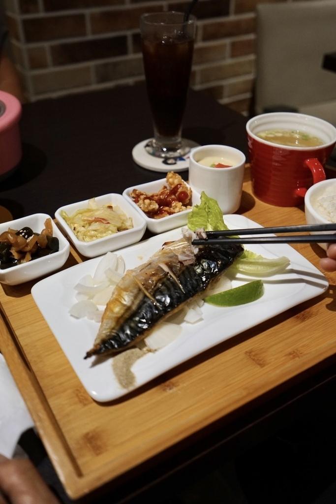 雙胞胎廚房_日式薄鹽鯖魚.jpg