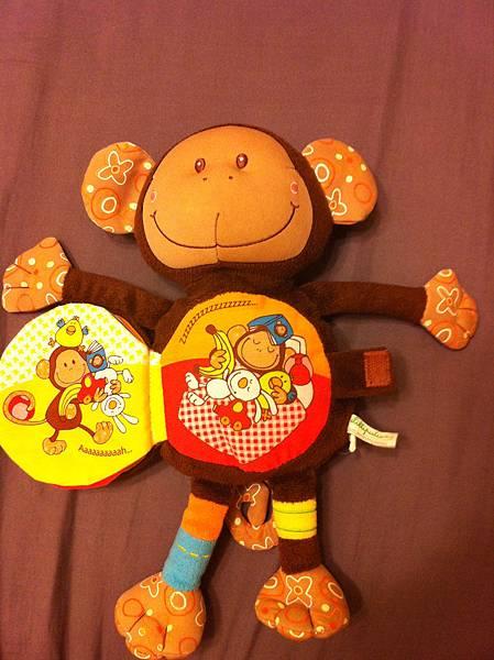 猴子玩偶布書第五頁