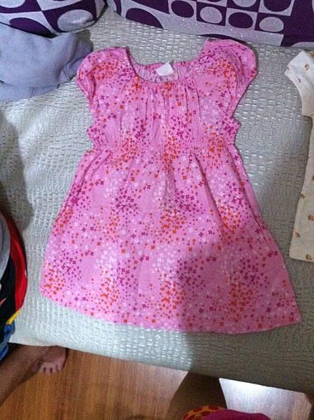 H&M的粉紅點點淑女裙