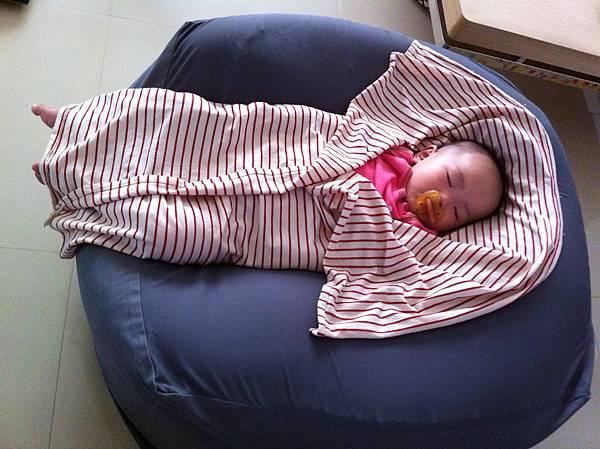 在阿嬤家睡著了