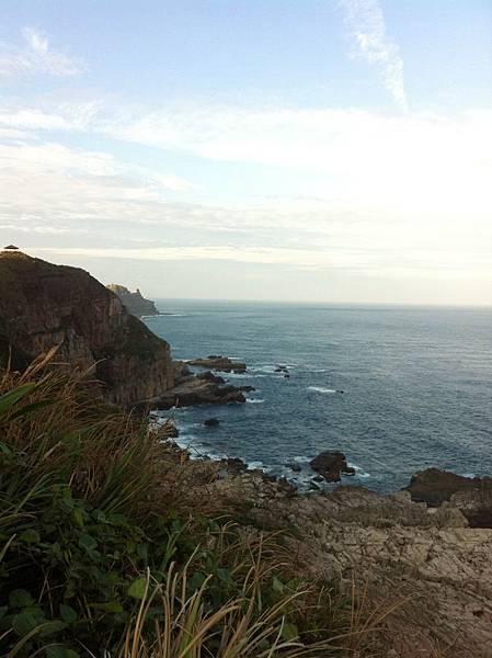 沿途中美麗的海岸線.JPG