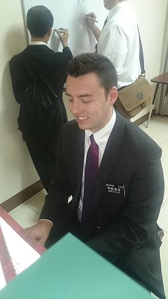 傳教士合照 (15).JPG
