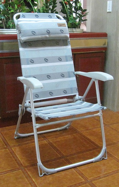 八段椅.jpg