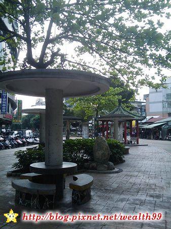 100416忠孝復興站附近(001).jpg