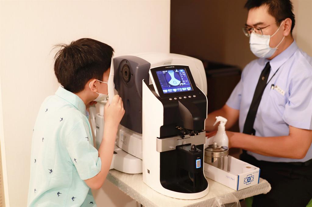大學眼科角膜塑型片 (5).jpg