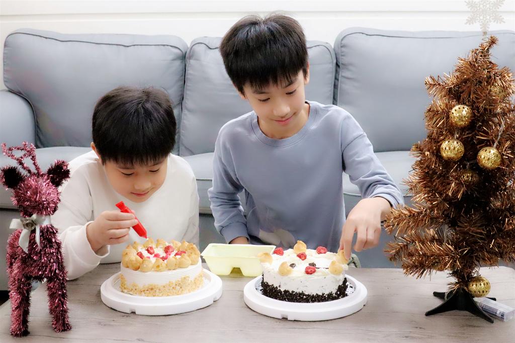 義美DIY冰淇淋蛋糕 (10).jpg