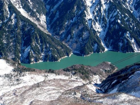 從大觀峰鳥瞰的黑部湖